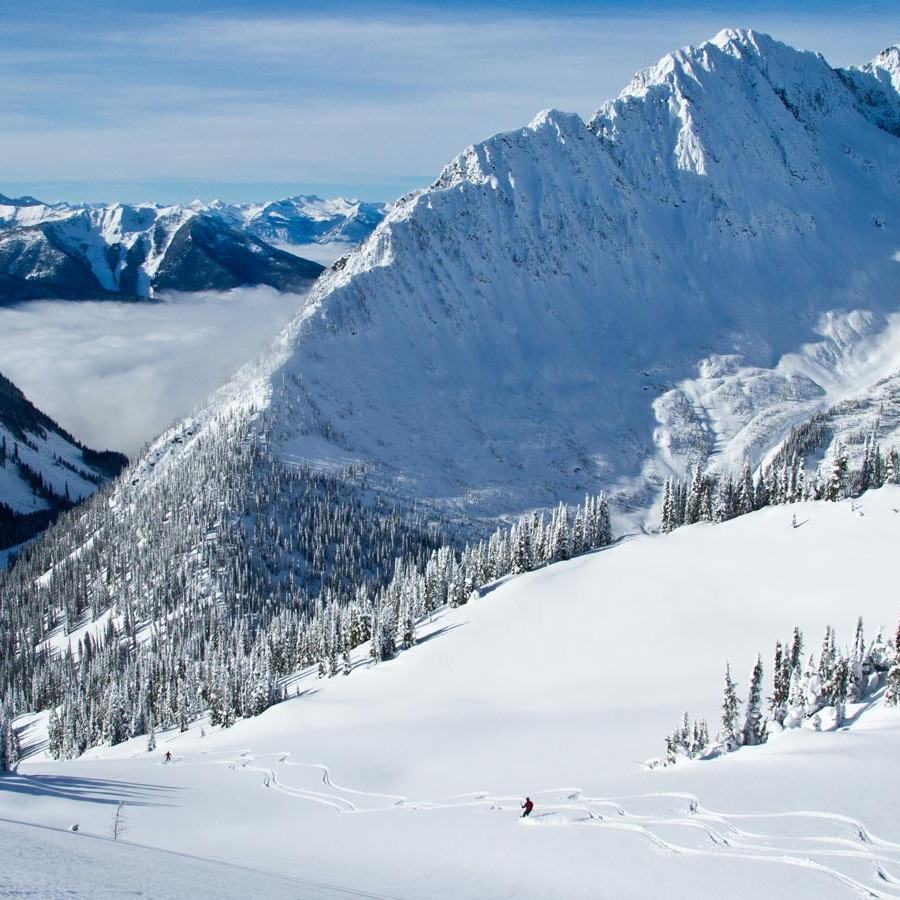The best heli skiing in Kaslo, BC